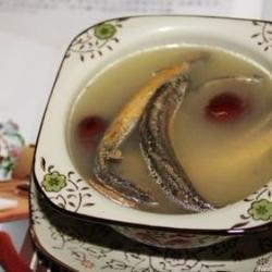 红枣泥鳅汤的做法[图]