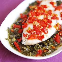 剁椒酸菜蒸鳕鱼的做法[图]