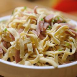 鸡汤干豆腐丝的做法[图]