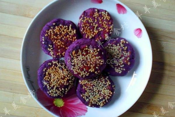 蜂蜜紫薯豆沙饼的做法