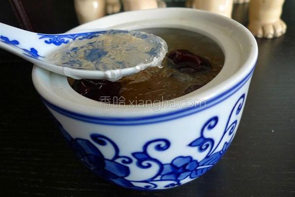 红枣冰糖炖燕窝的做法