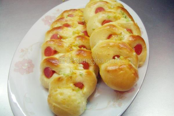 花式葱香火腿面包的做法