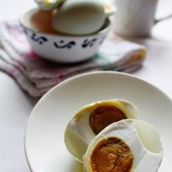 快速腌咸鸭蛋的做法[图]