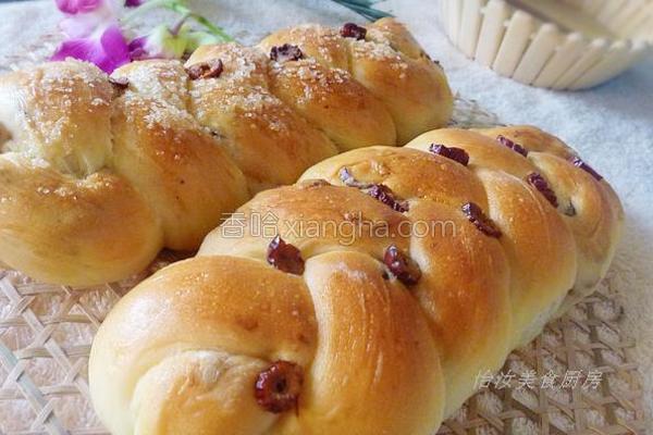 红枣辫子面包的做法
