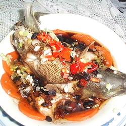 胡萝卜鲈鱼的做法[图]