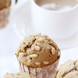 咖啡松子小蛋糕的做法[圖]