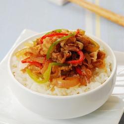 洋蔥肥牛蓋飯的做法[圖]