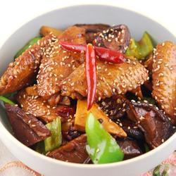 香辣豆干烧鸡翅的做法[图]