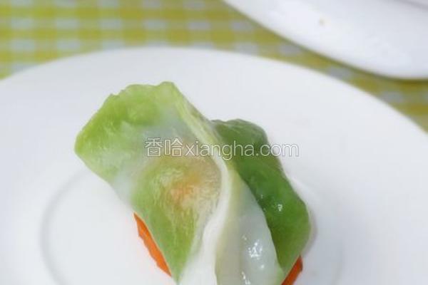 翡翠榨菜鲜肉饺