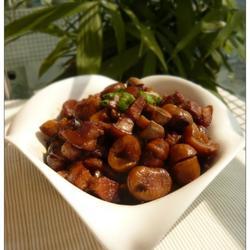 板栗口蘑红烧肉的做法[图]