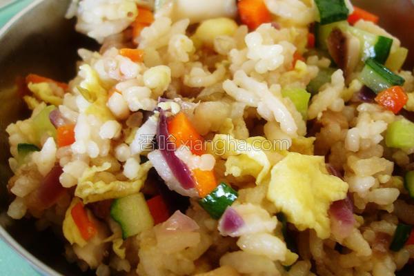 彩蔬炒饭的做法