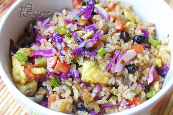 紫甘兰炒米饭的做法