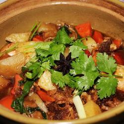 土豆牛腩煲的做法[图]