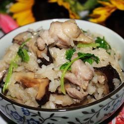 电饭煲之香菇糯米鸡饭的做法[图]