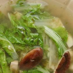 电饭锅小白菜香菇豆腐汤的做法[图]