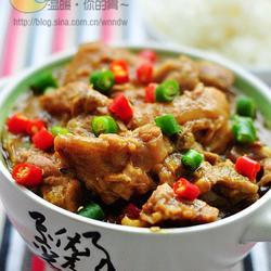 咖喱排骨炖猪蹄的做法[图]