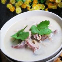 鲫鱼羊杂汤的做法[图]