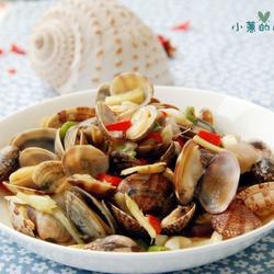 黄椒炒花蛤的做法[图]