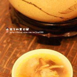 黄芪党参当归炖鸡汤的做法[图]