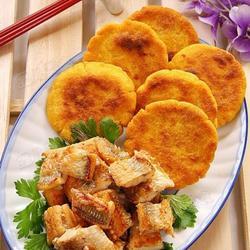 咸白梭鱼配玉米饼的做法[图]