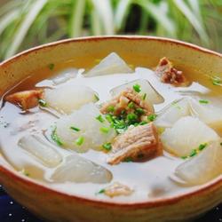 白萝卜牛腩汤的做法[图]