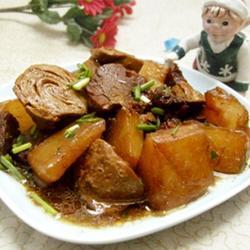 萝卜素鸡烧牛肉的做法[图]