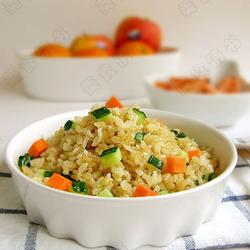黄瓜糙米饭的做法[图]