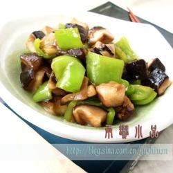 小炒辣椒蘑菇的做法[图]