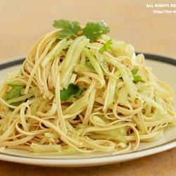 黄瓜拌豆腐皮的做法[图]