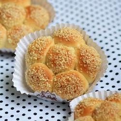 葡萄干花形面包的做法[图]