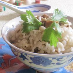 香菇薏米饭的做法[图]