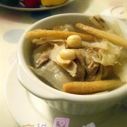 沙参玉竹猪腱汤的做法[图]