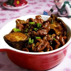 臭豆腐烧肥肠的做法[图]