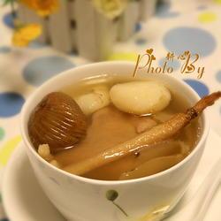 沙参玉竹马蹄煲猪展的做法[图]