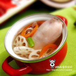 藕章鱼胡萝卜汤的做法[图]