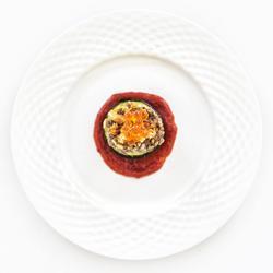烤羊肉西葫芦配鱼子酱的做法[图]