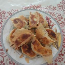 猪肉芹菜馅锅烙