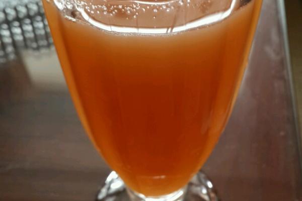 石榴苹果混合果汁