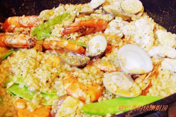 绿咖哩海鲜炖饭的做法