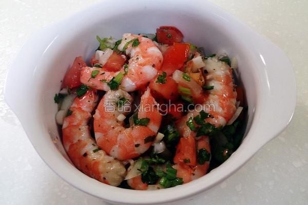 鲜虾佐番茄莎莎酱的做法