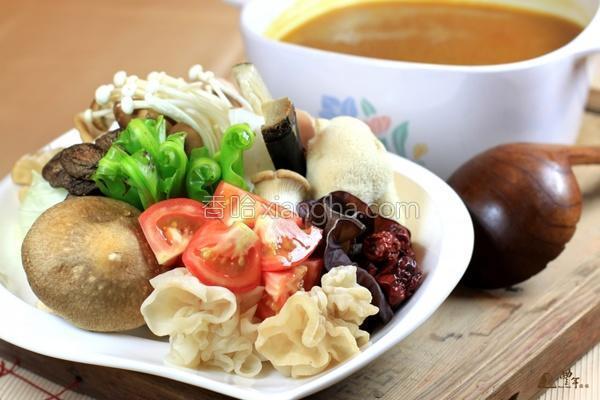 养生咖哩菇锅的做法