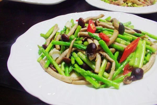 芦笋柳松菇的做法