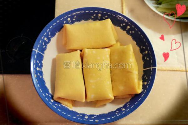 洋葱鲔鱼蛋卷的做法