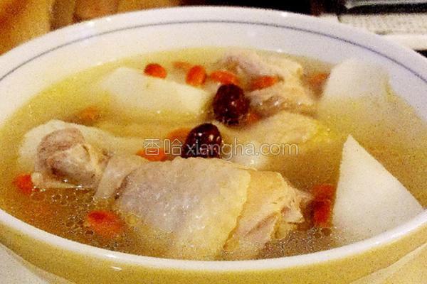 山药红枣枸杞鸡汤的做法