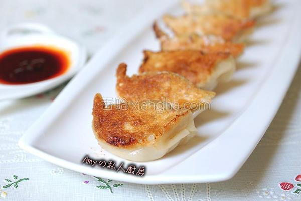 海鲜锅贴的做法