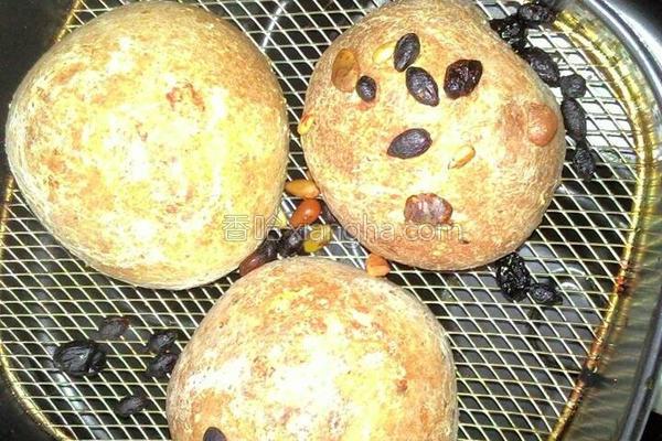 五谷杂粮面包的做法