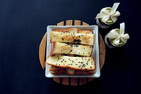 黑芝麻奶油面包条的做法