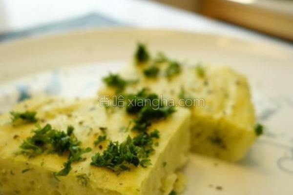香草马铃薯蛋批的做法