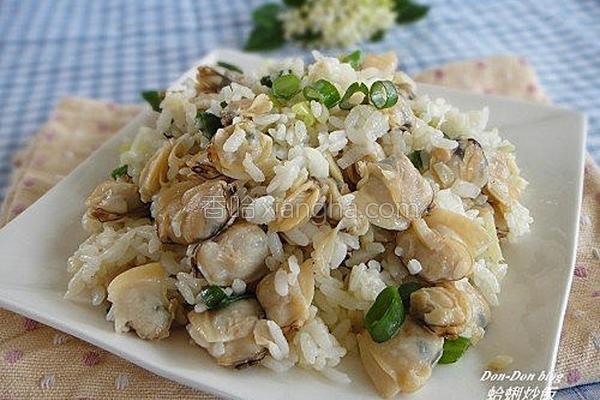 蛤蜊炒饭的做法