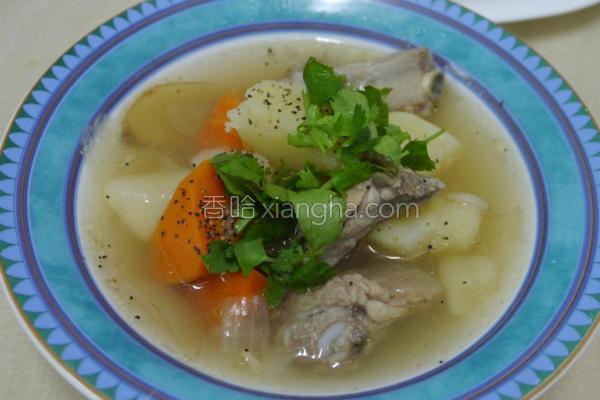 马铃薯清炖排骨汤的做法